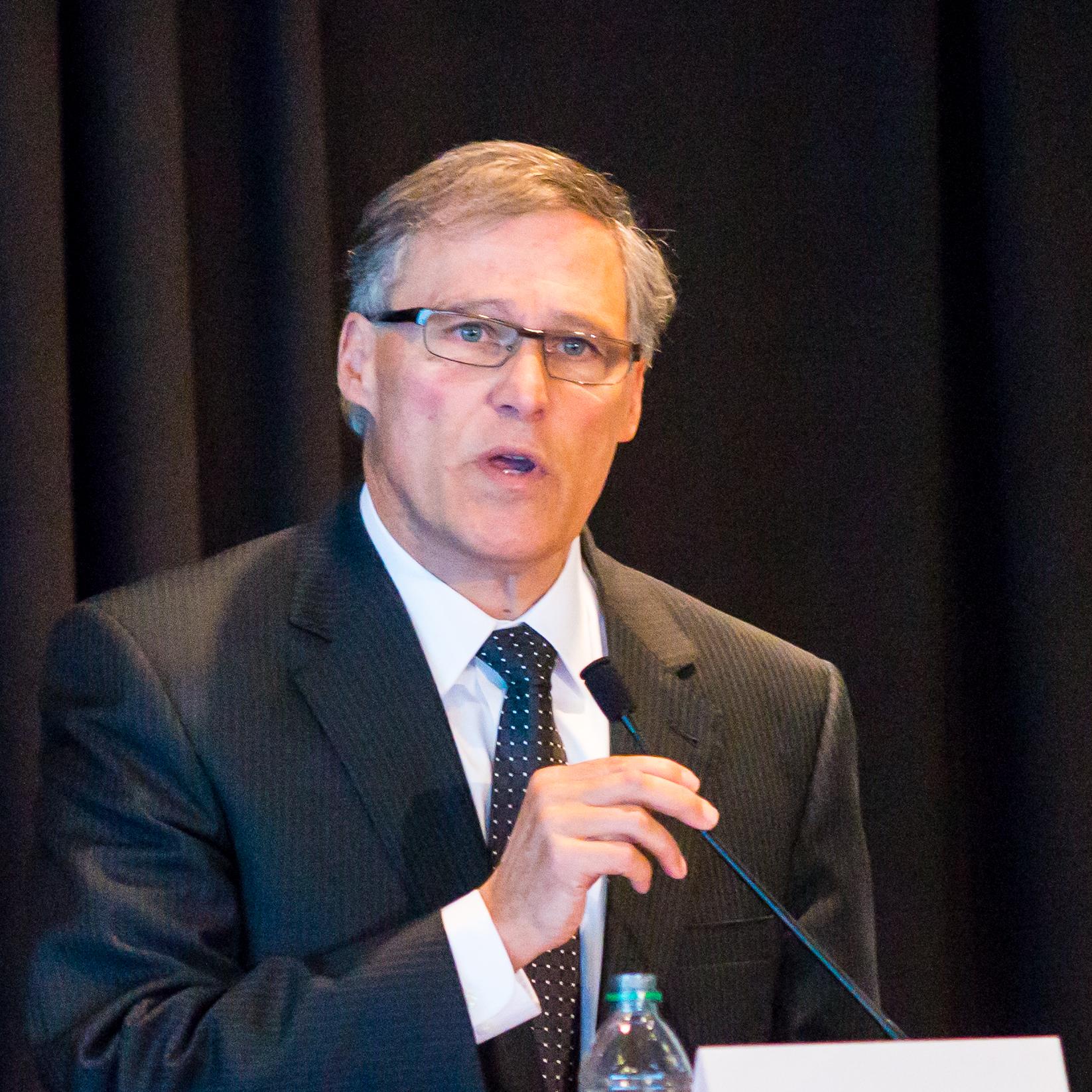 Governor Jay Inslee addressing the WCTA